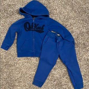 Oshkosh toddler boys blue sweatsuit